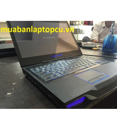 Alienware M14X-Core i7-2630QM-8GB-750GB-14.0 HD 1600X900-GTX555-Keyboard LED