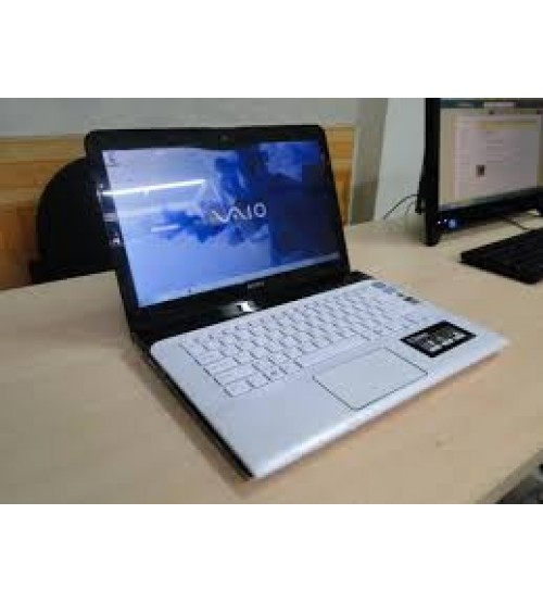 Sony Vaio SVE14-Core i5-3230M-4GB-750GB-14.0 LED